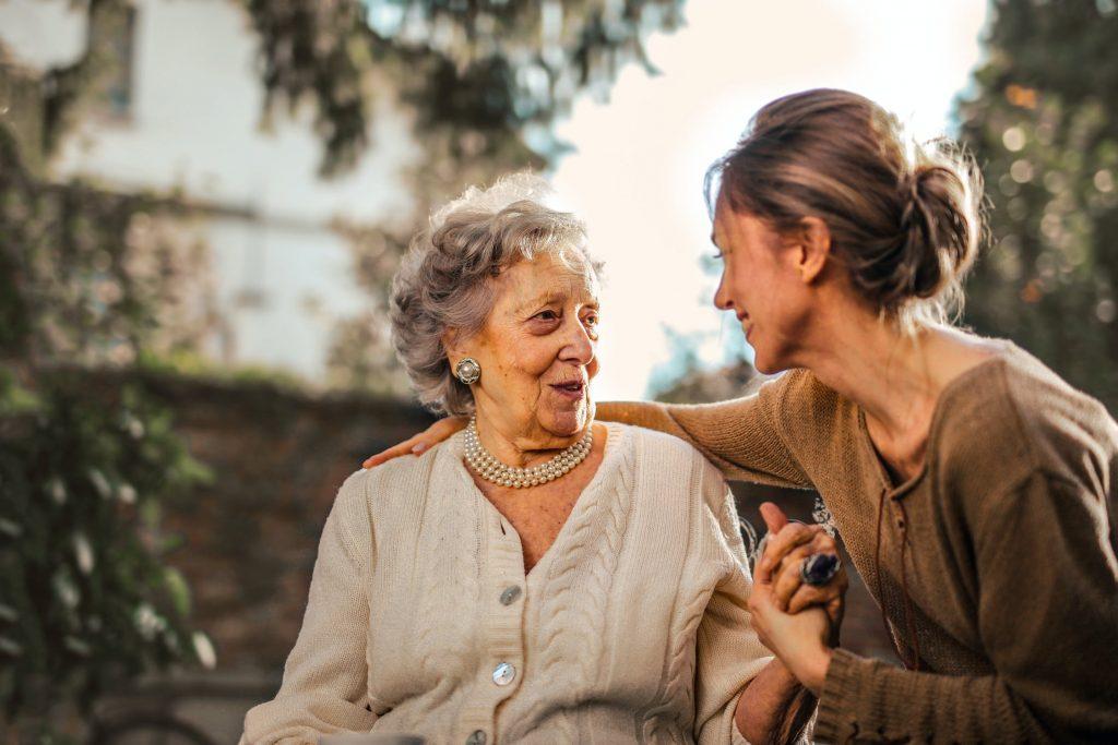 Curso cuidados com idosos